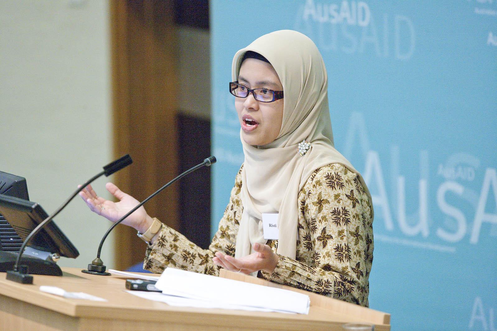 Risti Permana presenting a paper on education